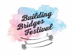 Plakat des Building Bridges Festivals